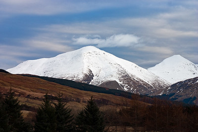 The snow capped peaks of Ben More to the left at 3,852 feet above sea level and to the right is Stob Binnein, 3,822 feet high.