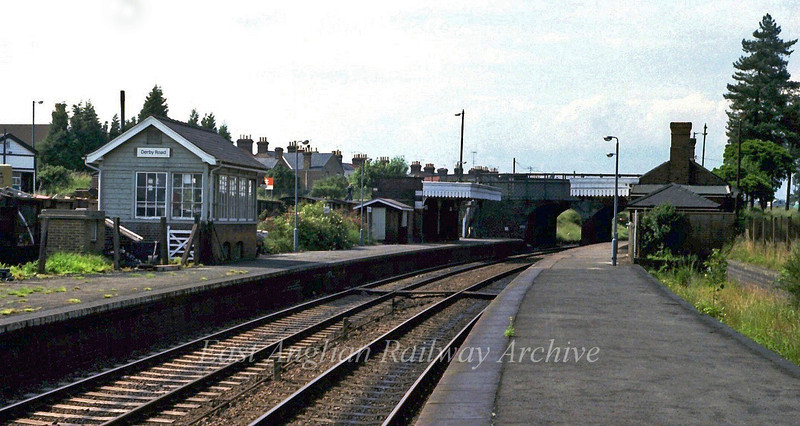 Derby Road looking North West on 27th June 1979. The station still has buildings on the up platform and canopies on both. There are also wagons in the siding behind the signal box for a scrap dealers.