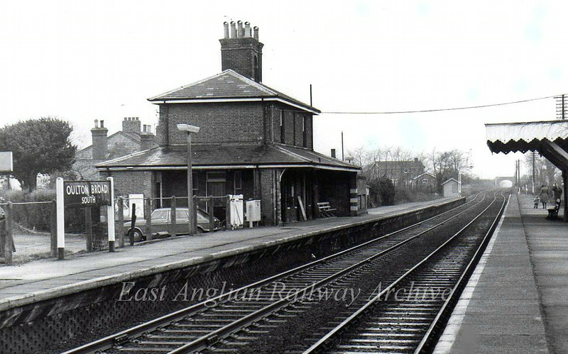 Oulton Broad South facing Beccles on 10th January 1976.