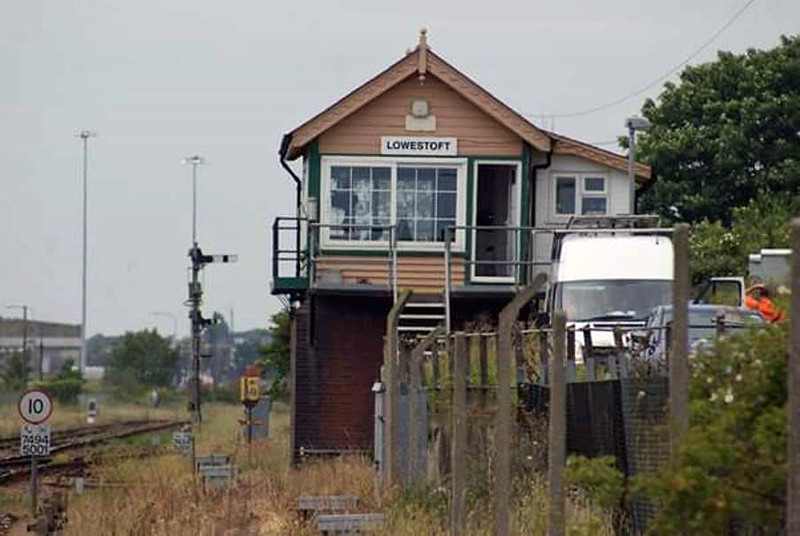 Lowestoft Signal Box. Image:-  Richard Thomas.