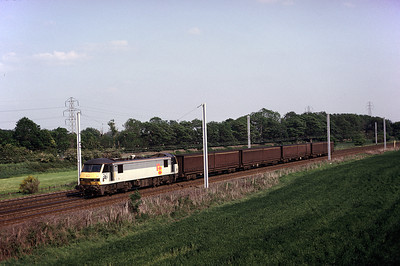 90 144 northbound curtain sided wagons 27/05/92