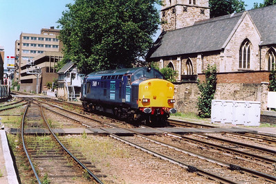 This was a real surprise, DRS 37609 running in light engine. I believe it is 0Z37 0907 Derby to Lincoln and back route learner.