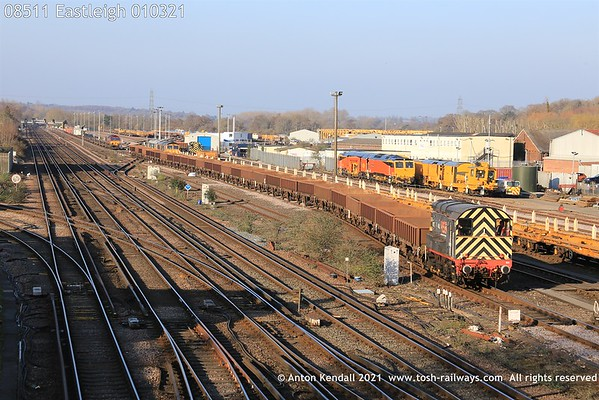 08511; Eastleigh; 010321