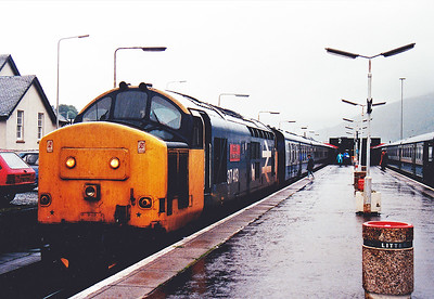 The weather at Fort William was very wet amd miserable.  37413 sits in platform 2 with the 1003 departure for Mallaig.