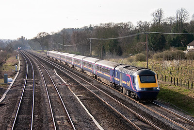 A down working catches the morning sun and 43036 leads, with 43025 on the rear, 1B12 0815 Paddington to Cardiff service.