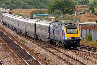 Heading from London from the far south west tip of Wales is lead powercar 43148 with 43149 on the back. The train is 1L66 1430 Swansea to Paddington. The set takes the Up Tunnel road.