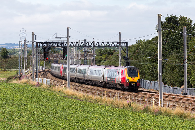 Sometimes we ignore the mundane - only to regret it later - a pair of voyagers  cruise south at Winwick - 9M55 Glasgow to Euston 4 August 2018