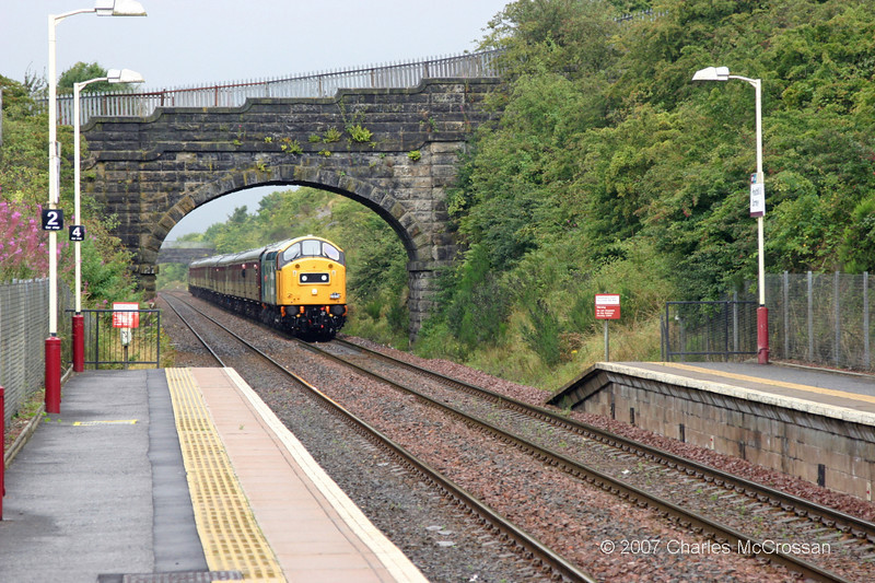 40145 On SRPS Railtour approaching Priesthill & Darnley