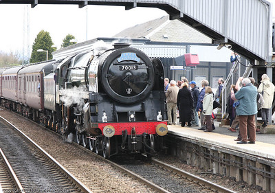 70013 Oliver Cromwell picking up passengers at Dalmeny for 2nd SRPS Forth Circle charter