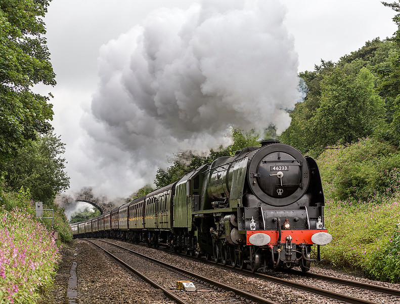 46233, Duchess of Sutherland,  comes over the top at Hoghton summit - 22 July 2017