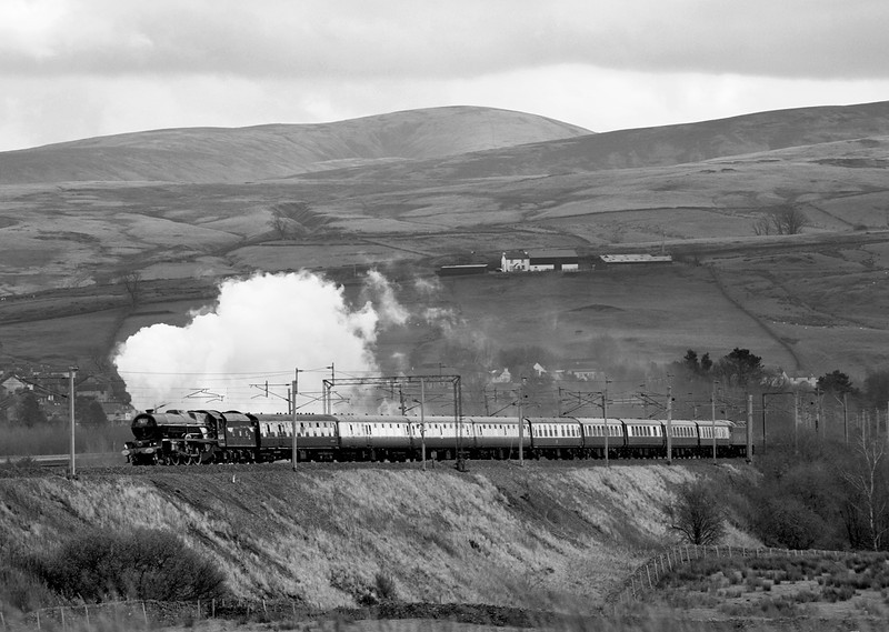 The Black and white version - 6201 Princess Elizabeth attacking Shap at Greenholme with the first day of the Royal Scot tour to Glasgow.  12/11/11