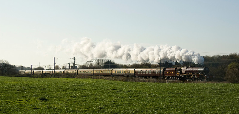 6201 Princess Elizabeth nears Hest Bank with the first day of the Royal Scot tour to Glasgow.  12/11/11