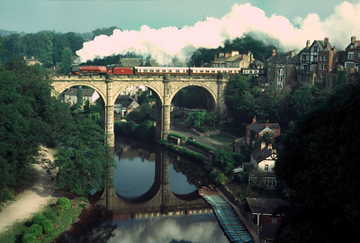 46229 Duchess of Hamilton Crossing River Nidd at Knaresborough 12/8/84