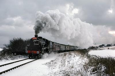 Black 5 5305 at Bempton 28/12/85
