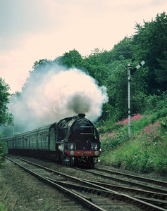 777 Sir Lamiel with Scarborough Spa Express approaching Kirkham Abbey 8/8/85