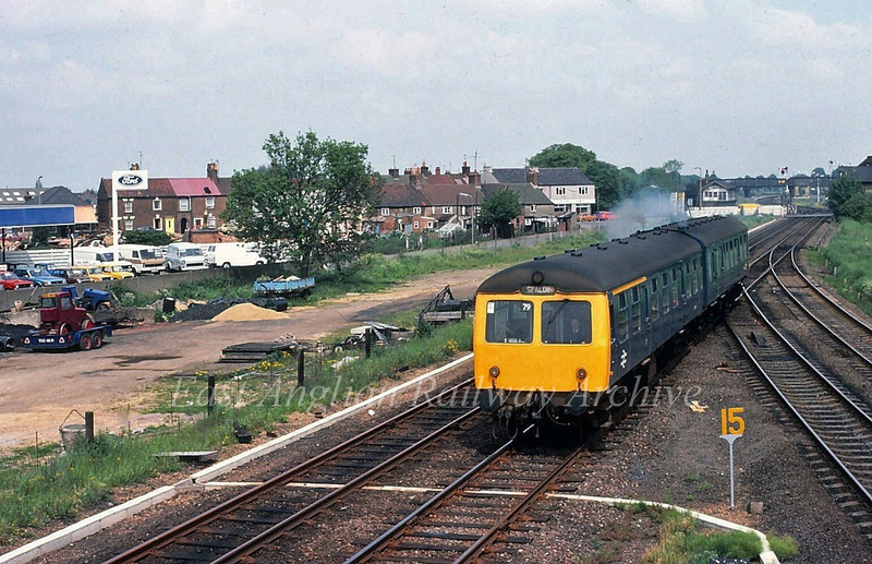 Spalding on 30th May 1981. Despite the destination blind the two car Cravens is actually bound for Peterborough,the 1248 ex Spalding. The lines to March diverges to the right.