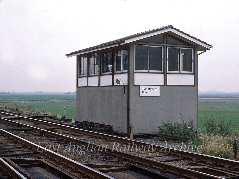 Twenty Feet River Signal Box. September 1982