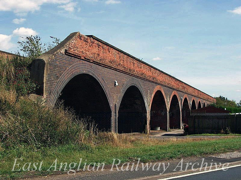 Rings End Viaduct  23rd August 2005.  Photo with kind permission of Peter Heath
