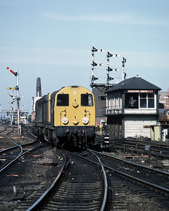 A pair of class 20s at Leicester in June 1986.