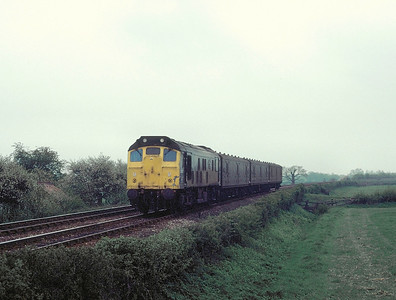 25 057 passing Liddlington ( I think)  on the Bedford-Bletchley line 4/5/85