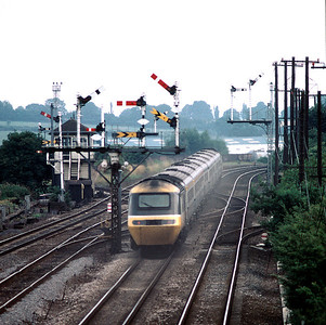 HST 14.50 Nottingham London at Nielson Sidings on a muggy august day in 1986