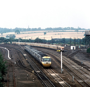 HST 43107 43162 13,50 Nottingham London approaching Wellingborough, august 1986