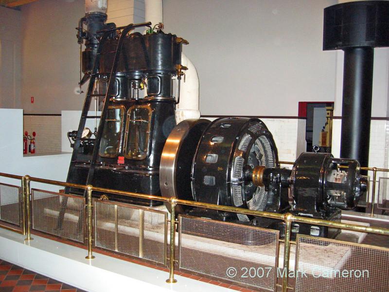 Steam driven Alternator