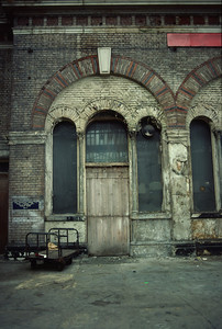 The derelict station bar.   It's hard to believe looking at this that this was a station in daily use by commuters into the city of London.
