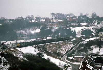 Class 37 approaching Durham viaduct with N bound Coal Hoppers 17/01/81
