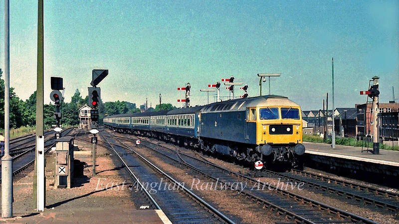 47003 arrives at Ipswich with the 0942 Norwich to Liverpool Street. 17th August 1978