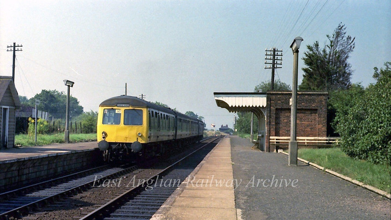 1225 Lowestoft to Norwich stands at Cantley.  6th September 1979