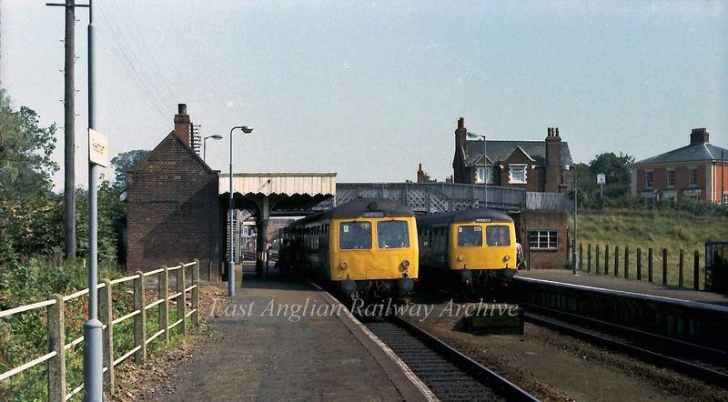 Two Cravens units pass at Reedham.  6th September 1979