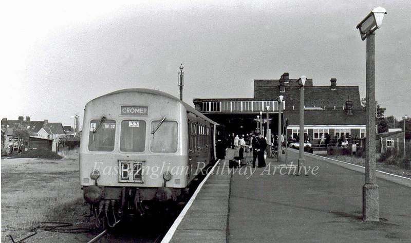 Class 101 at Cromer Beach.  9th September 1975