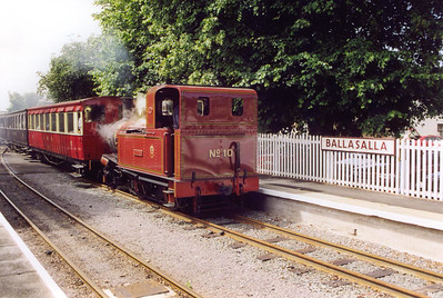 No 10 runs into Ballasalla bunker first with the 1215 Port Erin departure.