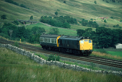 25 236 with Inspection Saloon approaching Ais Gill	 6/9/84