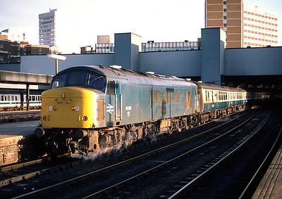 46016 10.35 Leeds Paignton at Leeds City 28/12/80