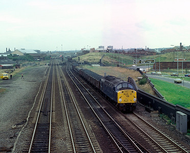 40082 Passing Armley, Leeds with mixed freight 1/10/81
