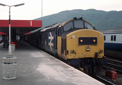 37408 stands at Fort William 	June 88