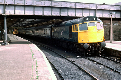 27037 ready to leave Dundee for Edinburgh June 1982