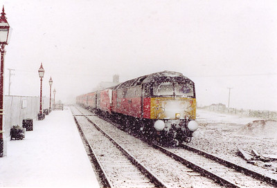 "20 or so minutes after the HST went south, 47767 followed it. As can be seen, the weather had taken a real turn for the worst. This train is 1M22 0936 Glasgow Central to Euston, the up ""Royal Scot""."