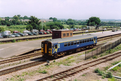 I do like the bubble car and will always photograph one  if it comes along.  153361 wears the deep blue with gold star at each end livery of Arriva Trains.  This is the 1050 off Gloucester to Cardiff Central and is a class 2 service, 2G61.  Earlier we saw a working in the opposite direction as a class 1!!