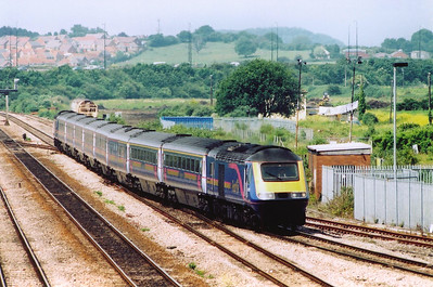 This is the second time this set has been seen this day.  43021 leads with 43174 at the rear of 1L52 1030 Swansea to Paddington fGW service.