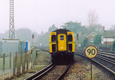 I had returned to the carpark to move away from the station when my phone rang.  It was the driver of the Lymington train, Phil.  He had seen someone on the platform and wondered if it was me, it was.  So I returned and took a trip down the branch.  1499 returns with 2P20 1044 SuO Lymington Pier to Brokenhurst.
