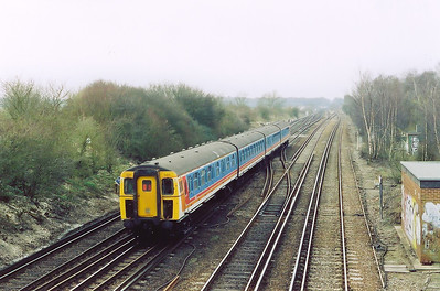 A short time later the set reappeared heading back the way as 1Y33 1124 Basingstoke to Brighton.