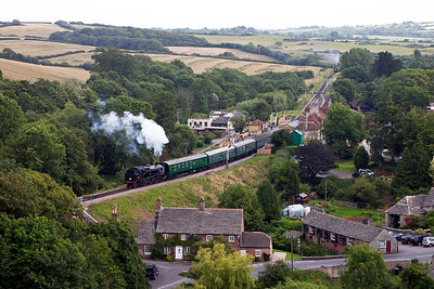 80104 steams away from Corfe station with its five coach train, 2N22 1550 from Swanage to Norden.