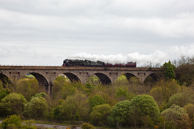 45 minutes after 4464 went north, the last of the days steam movements appear. Ex LNER design class A1 pacific 60163 takes it support coach from Millerhill to Perth as 5Z42 1246 off the DBS yard.