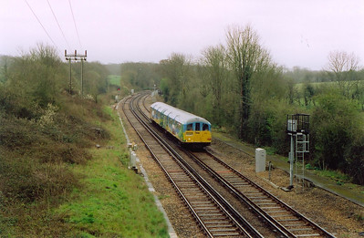 Just north of Smallbrook Junction the line becomes double track for the remainder of the distance to Ryde Pier Head. 002 forms an up working 1417 off Shanklin.  5/4/2004