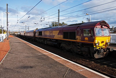 Moving to Slateford to await the GBRf ECS move. 66183 comes off the Edinburgh Suburban lines with an empty rake of HTA hoppers. This is 4C16 1300 off Millerhill to Ravenstruther, near Carstairs.