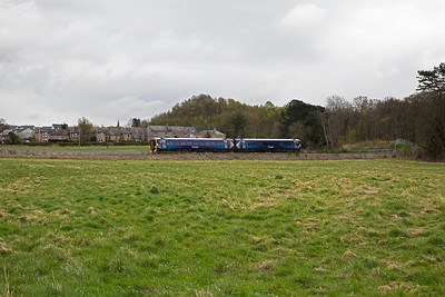 Moving to a spot where the dogs could be let out the car and have a run and I have found a field near Arniston south of Newtongrange.  158740 passes by with 2T67 0930 off Tweedbank to Edinburgh.  14/4/2017