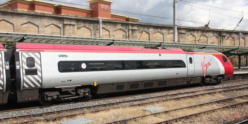 Pendolino 390 141 on 9M56 (1252 EDB to EUS) at Platform 4 Carlisle 25 July 2015